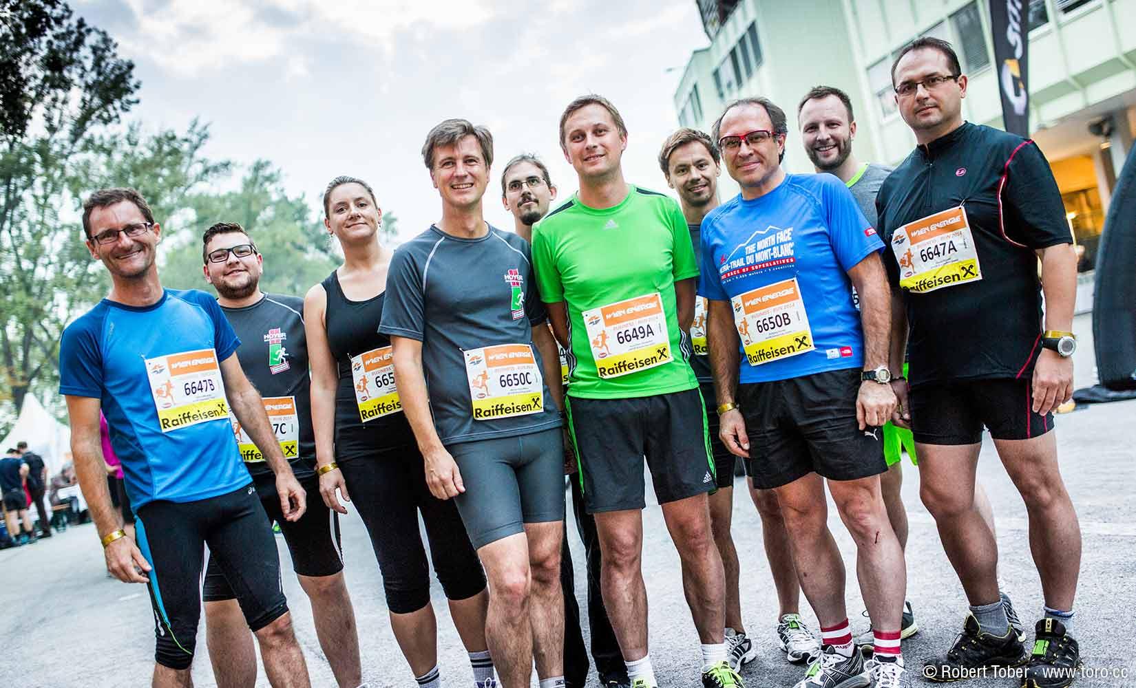 Hoyer-Brandschutz Laufteam beim Business Run 2014 © www.toro.cc