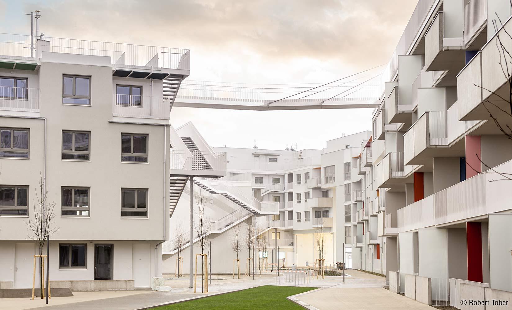 Wohnsiedlung unmittelbar nach der Fertigstellung © Robert Tober