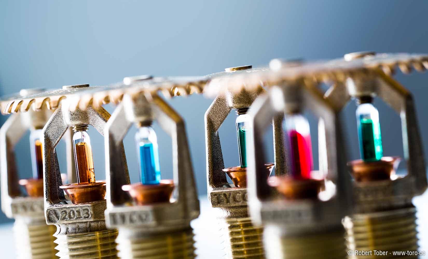 TYCO Spinklerköpfe mit unterschiedlichen Glasampullen © Robert Tober