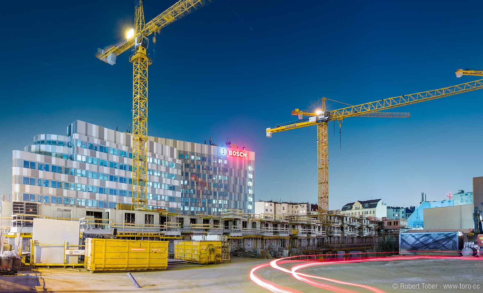 Baustelle des Projekts Quartier Lände 3 mit Baukränen © Robert Tober Architekturfotograf