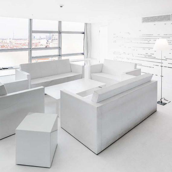 Extravagante Designer-Suite in Schneeweiß © Robert Tober