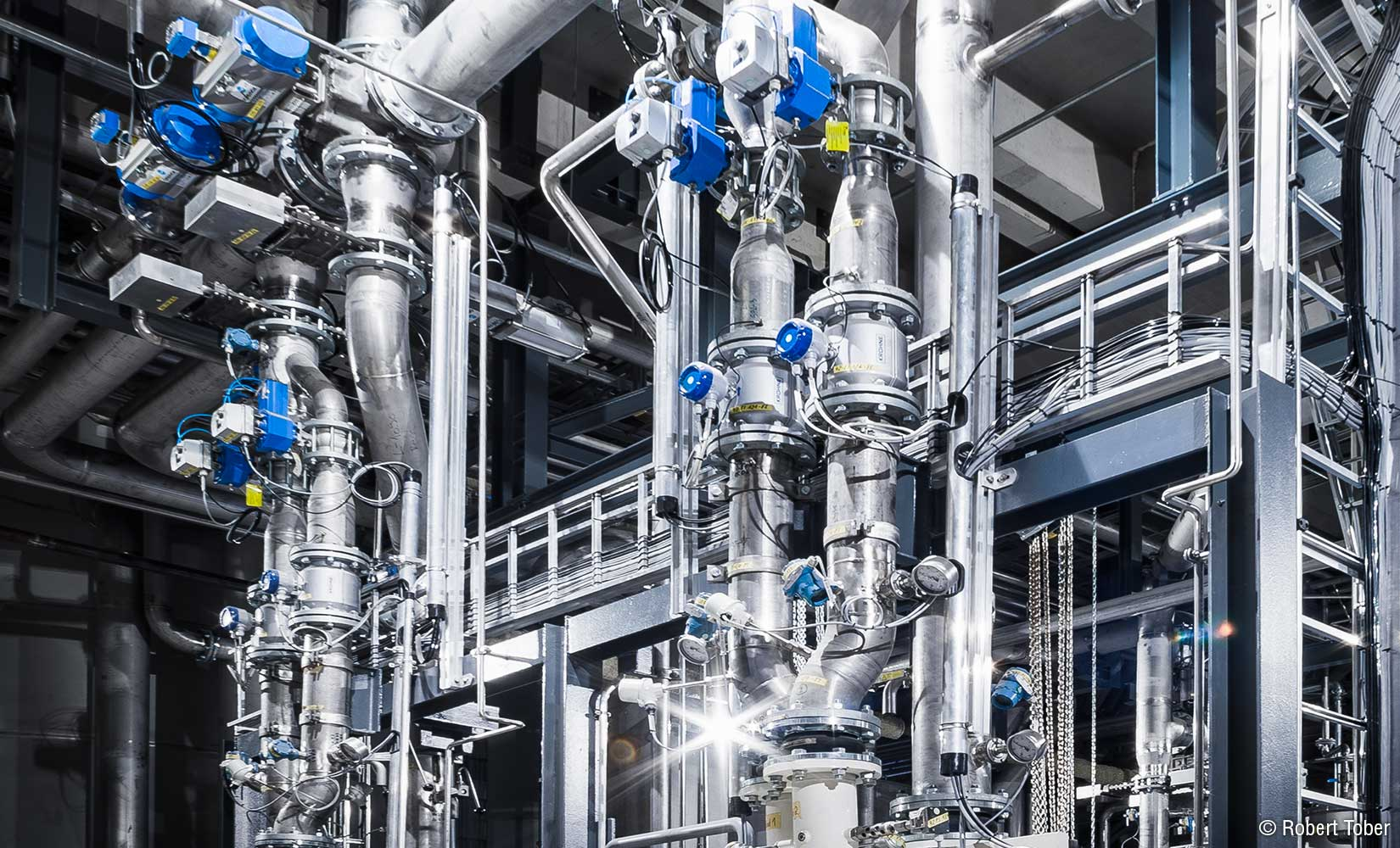 Industrieverrohrung aus nichtrostendem Edelstahl bei Zellstoff Pöls © Robert Tober